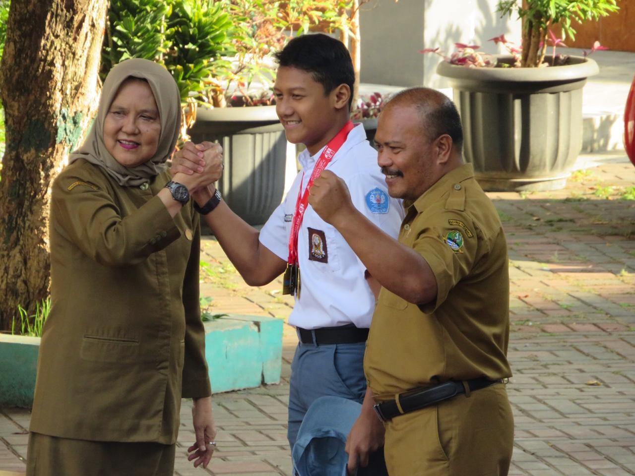 Rifky Rona Rosyada, Juara Lomba Renang Kejuaraan Wali Kota Cup