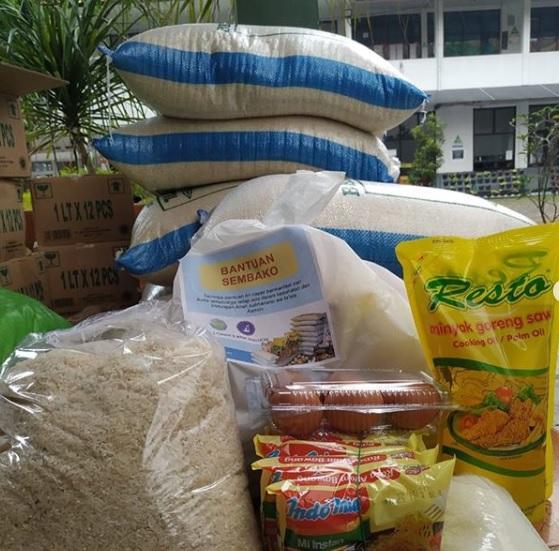 Donasi Sembako untuk Siswa Tidak Mampu